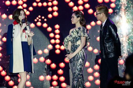 Giang Hong Ngoc khoc truoc Ha Ho: 'Em xin loi vi da khong nghe loi chi' - Anh 6