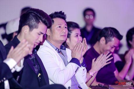 Giang Hong Ngoc khoc truoc Ha Ho: 'Em xin loi vi da khong nghe loi chi' - Anh 8