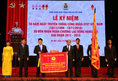 Cong doan Giao thong Van tai VN don nhan Huan chuong Lao dong hang Nhi - Anh 2