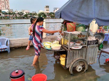 Xom ngheo Sai Gon lai khon kho vi trieu cuong - Anh 4