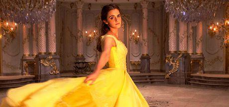 Emma Watson xinh dep trong phim moi 'Nguoi dep va quai vat' - Anh 1