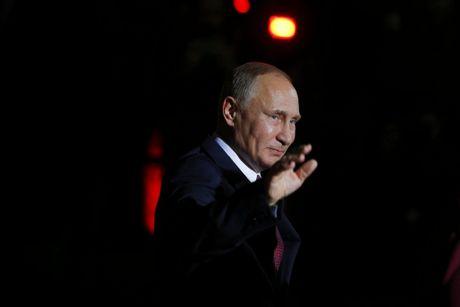 Putin dien dam voi Trump, mo duong han gan quan he - Anh 1