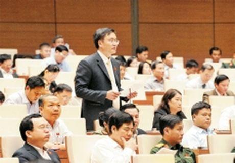 Thong qua Nghi quyet ve phan bo ngan sach trung uong nam 2017 - Anh 1