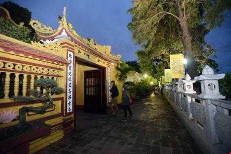 Ve co kinh cua ngoi chua dep nhat the gioi tai Viet Nam - Anh 3