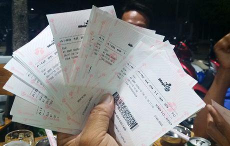 21 cong ty xo so mien Nam chi hon 24.500 ty dong tra thuong - Anh 2