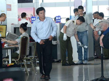 Kiem soat chat an ninh tai cac cang hang khong - Anh 1