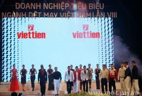 May Viet Tien duoc cong nhan uu tien hai quan - Anh 1