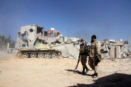 Nhin lai chien truong khoc liet, noi IS sap bi xoa so o Sirte, Libya - Anh 13