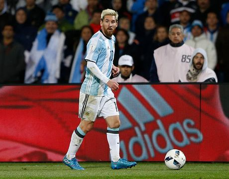 Doi hinh du kien giup Argentina vuot kho truoc Colombia - Anh 10