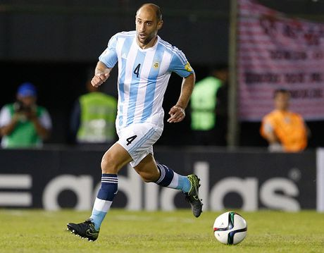 Doi hinh du kien giup Argentina vuot kho truoc Colombia - Anh 2