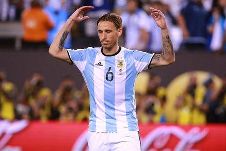 Doi hinh du kien giup Argentina vuot kho truoc Colombia - Anh 7