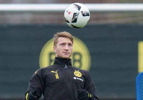 Reus tro lai, nong long ra san trong tran 'Klassiker' voi Bayern - Anh 1