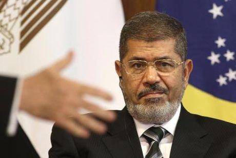 Ai Cap huy an tu hinh cuu Tong thong Mohammed Morsi - Anh 1