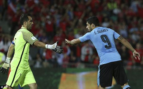 Chile 3-1 Uruguay: Alexis Sanchez toa sang, Arsenal bat an - Anh 6