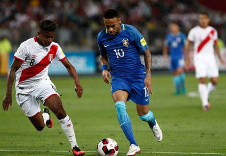 Thang nhe Peru, Brazil dau chi co Neymar - Anh 1