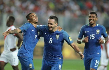 Thang nhe Peru, Brazil dau chi co Neymar - Anh 8