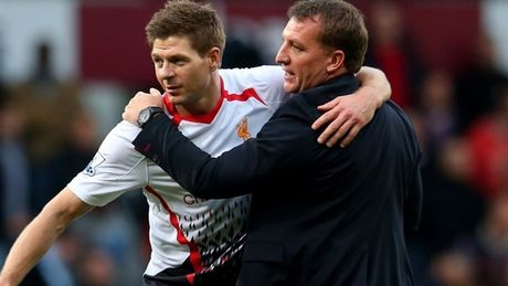 Rodgers muon 'giu kin' thong tin Gerrard ve Celtic - Anh 1
