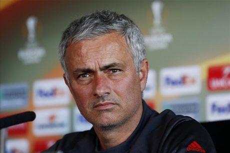 5-0, 6-0, va 9-0, doi tre Man City thay nhau lam nhuc Man Utd - Anh 1