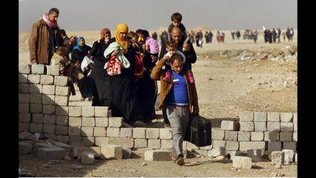 Chien dich giai phong Mosul khoi IS buoc sang tuan thu nam - Anh 10