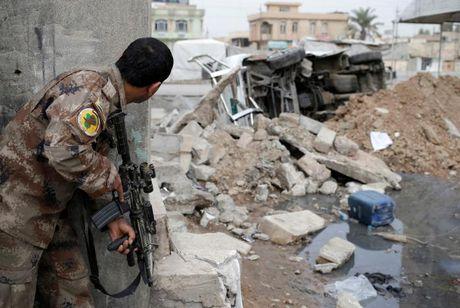 Chien dich giai phong Mosul khoi IS buoc sang tuan thu nam - Anh 2
