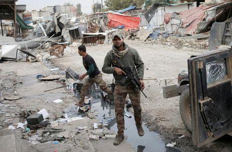 Chien dich giai phong Mosul khoi IS buoc sang tuan thu nam - Anh 3