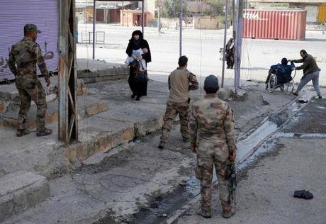 Chien dich giai phong Mosul khoi IS buoc sang tuan thu nam - Anh 8