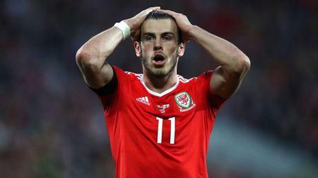 Loat sieu sao co the phai ngoi nha xem World Cup 2018 - Anh 1