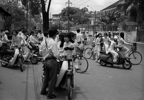 Bo anh tuyet voi ve Sai Gon thap nien 1990 (1) - Anh 10