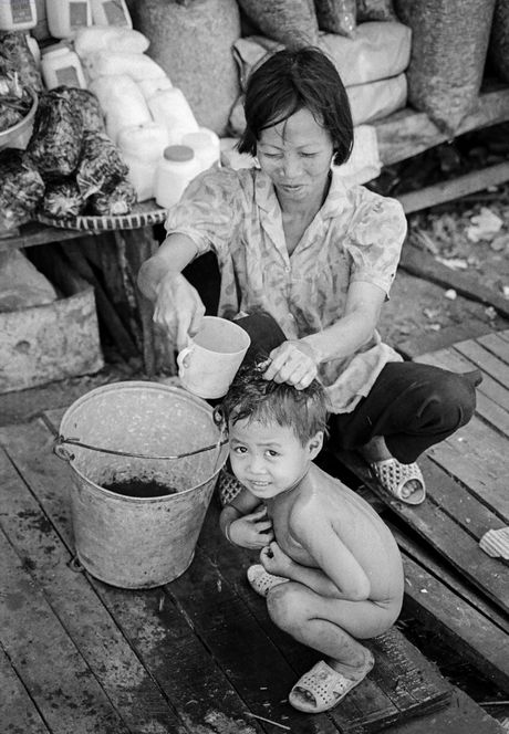 Bo anh tuyet voi ve Sai Gon thap nien 1990 (1) - Anh 5