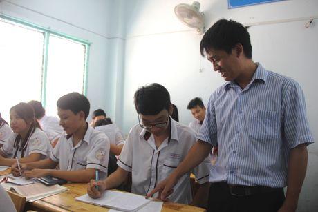 Chuan bi Ky thi THPT quoc gia o Trung tam Giao duc Thuong xuyen - Anh 1