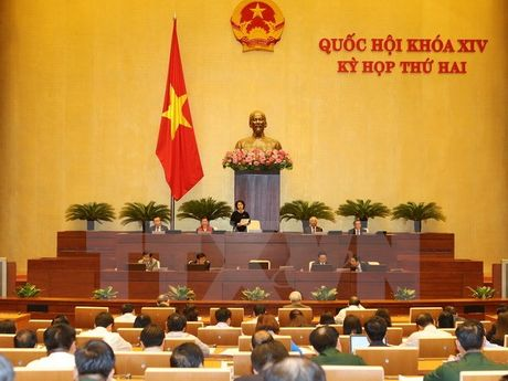 Bo truong Bo Noi vu Le Vinh Tan tra loi chat van: Phai tao co so hanh lang phap ly de xu ly vi pham - Anh 1