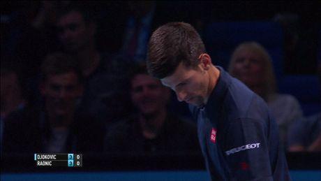 Djokovic vao ban ket som, Thiem thang tran dau tay - Anh 1