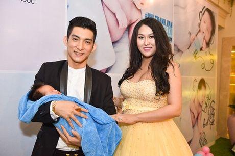 Chia se cua Phi Thanh Van sau khi 'tro ve tu coi chet' - Anh 3