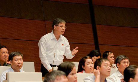 Bo truong Noi vu noi ve giai phap han che 'chon nguoi nha thay vi chon nguoi tai' - Anh 1