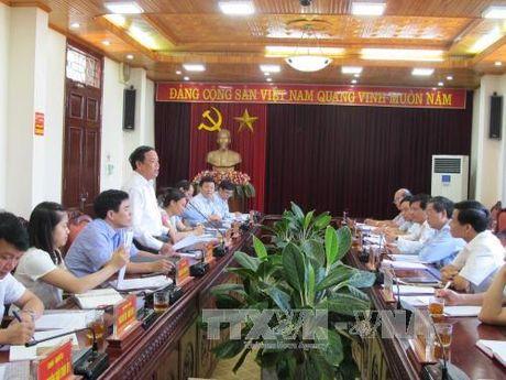 Doan cong tac cua Ban Tuyen giao Trung uong lam viec tai tinh Tien Giang - Anh 1