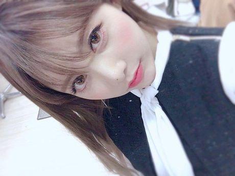 Sao Han 16/11: Baek Hyun gia gai xinh dep, Dara mix do ca tinh - Anh 8