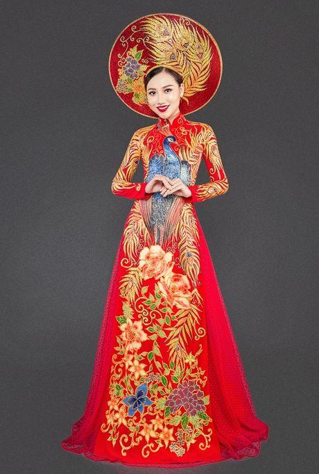 Hoang Thu Thao long lay dien trang phuc dan toc tai Hoa hau Chau A Thai Binh Duong - Anh 2