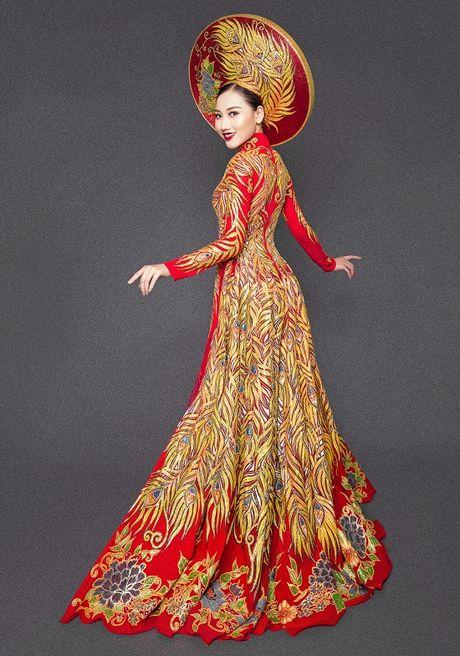 Hoang Thu Thao long lay dien trang phuc dan toc tai Hoa hau Chau A Thai Binh Duong - Anh 3