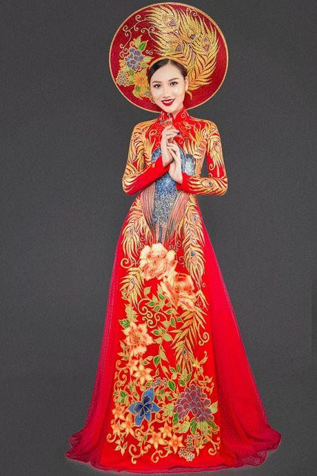 Hoang Thu Thao long lay dien trang phuc dan toc tai Hoa hau Chau A Thai Binh Duong - Anh 4