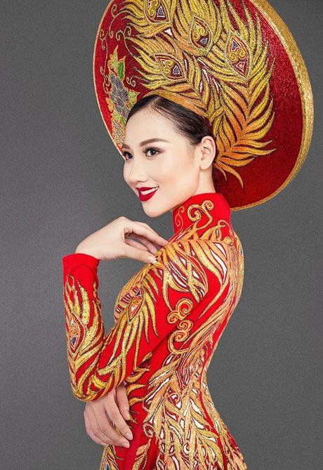 Hoang Thu Thao long lay dien trang phuc dan toc tai Hoa hau Chau A Thai Binh Duong - Anh 6