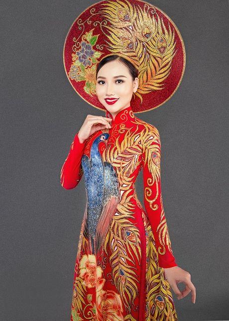 Hoang Thu Thao long lay dien trang phuc dan toc tai Hoa hau Chau A Thai Binh Duong - Anh 7