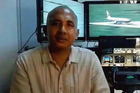 Co truong MH370 dam xuong bien de cuu hang ngan nguoi? - Anh 1