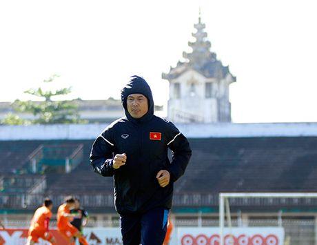 """DTVN: Que Ngoc Hai hua khong choi """"kung-fu"""" o AFF Cup - Anh 2"""
