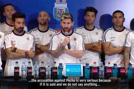 Argentina thang lon, Messi khien bao chi bang hoang - Anh 2