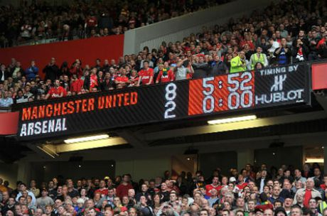 MU dai chien Arsenal: Diem tua Mourinho va Old Trafford - Anh 2