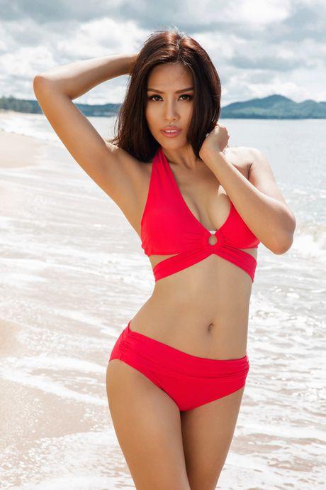 Nguyen Thi Loan 'ban nude' ngay khi quy dinh cam chup anh khoa than duoc bai bo - Anh 4