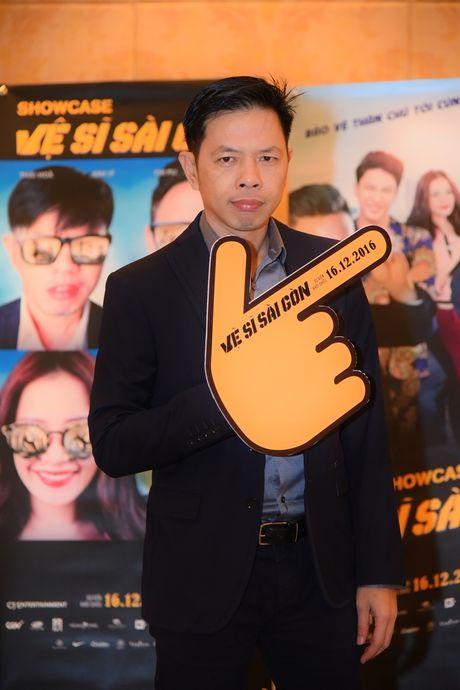 Thai Hoa va 3 chang 've si Sai Gon' bat ngo xuat hien tai Ha Noi - Anh 5