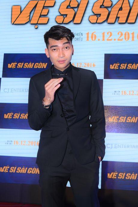 Thai Hoa va 3 chang 've si Sai Gon' bat ngo xuat hien tai Ha Noi - Anh 7
