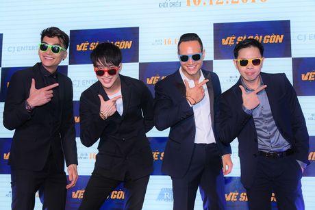 Thai Hoa va 3 chang 've si Sai Gon' bat ngo xuat hien tai Ha Noi - Anh 8