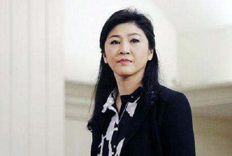 6.000 quan chuc Thai Lan lien quan toi be boi lua gao thoi ba Yingluck - Anh 1